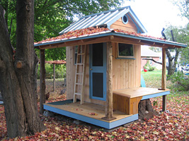 Children's Playhouse - click to enlarge